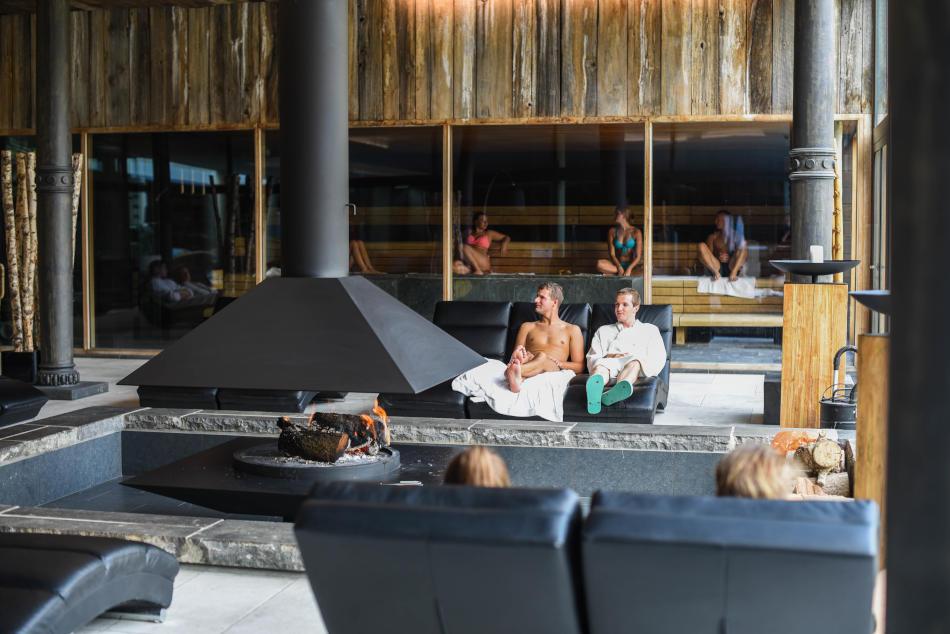 Waer Waters   One beautiful resort with infinite sensations