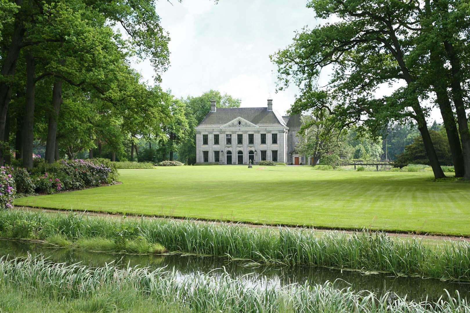 Landhuishotel De Bloemenbeek, Taste the Indian Summer in Twente, Discover Benelux magazine
